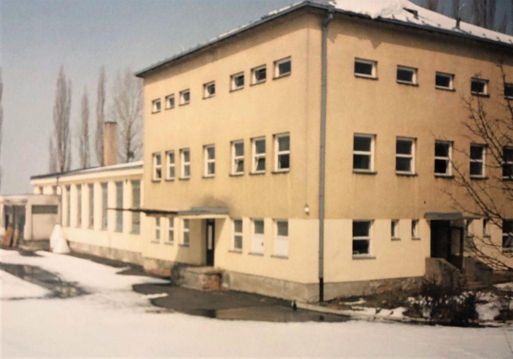 Zakoupení pozemků a budov (bývalé pekárny) vHutisku – Solanci